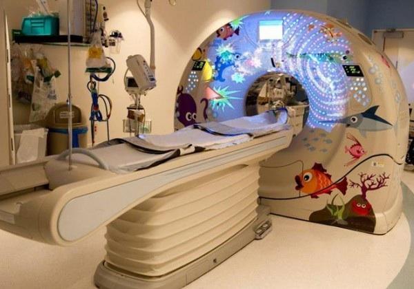 Resonancia magnética en un hospital infantil